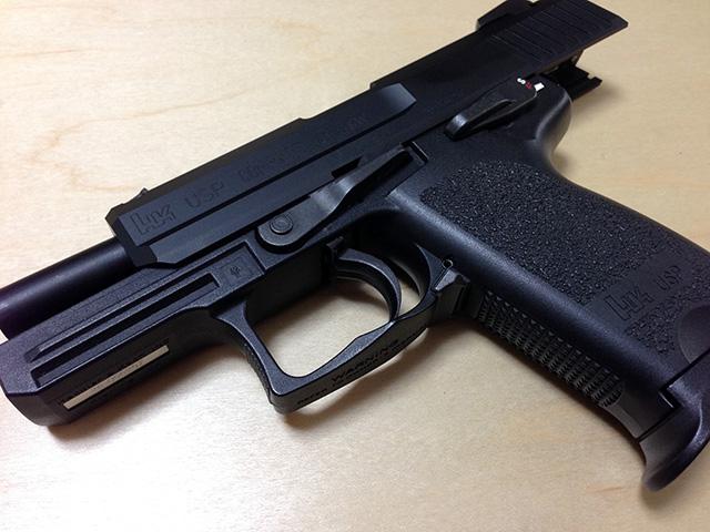 ジャックバウアー使用銃 H&K USP Compact