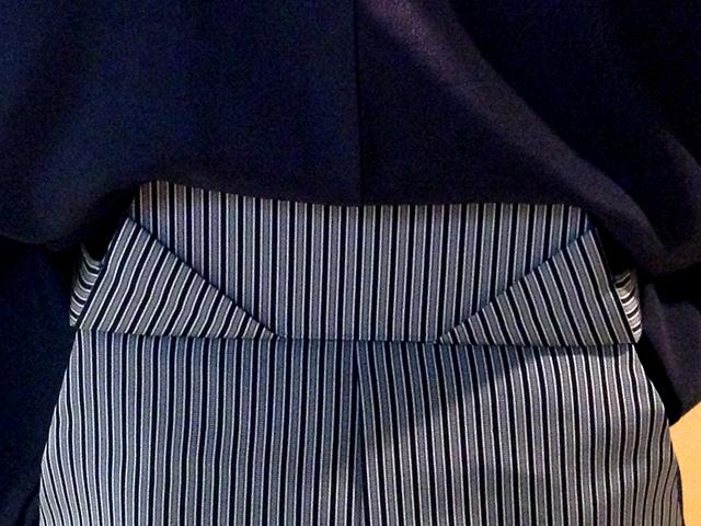 袴を着付けるコツは腰板!トレーニングベルトにヒントがありました。