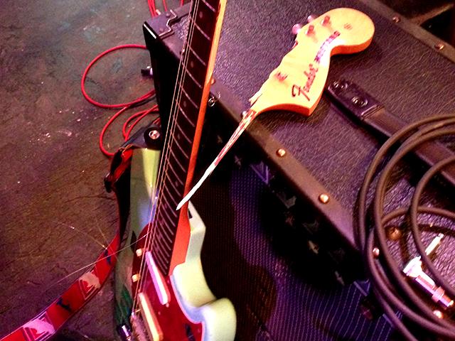 ギタリスト必聴!エレキギターの仕組みをフレミングの左手の法則で解説したネットラジオ