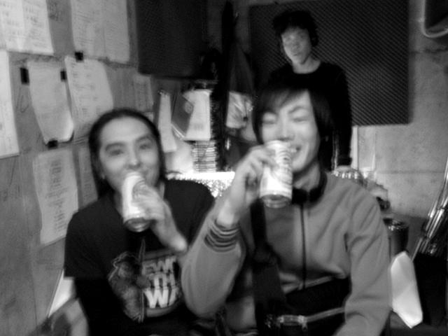ロック・ミュージックへの投資活動 〜ライブハウスで飲むビールの意味〜