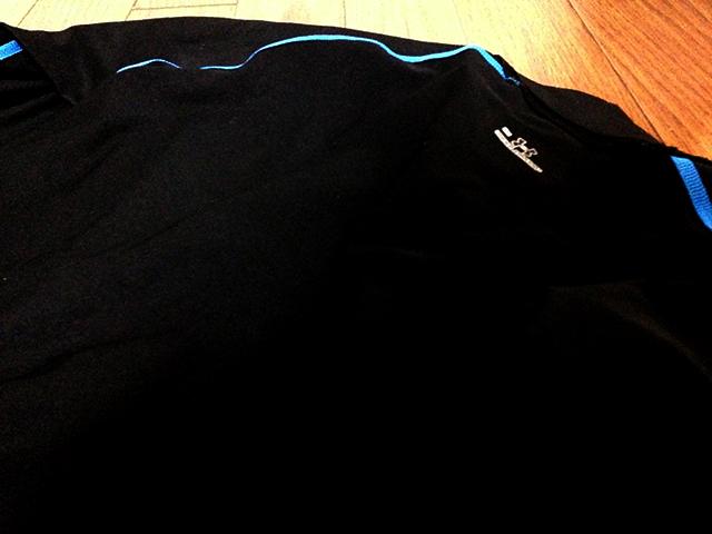柔術衣と身体が擦れて痛い。ならばラッシュガードを着ると良い。